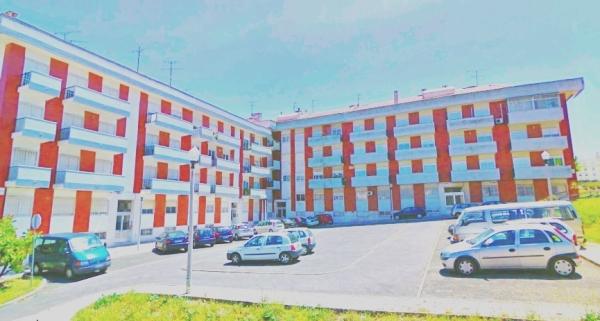 Largo Castro Soromenho na Freguesia dos Olivais